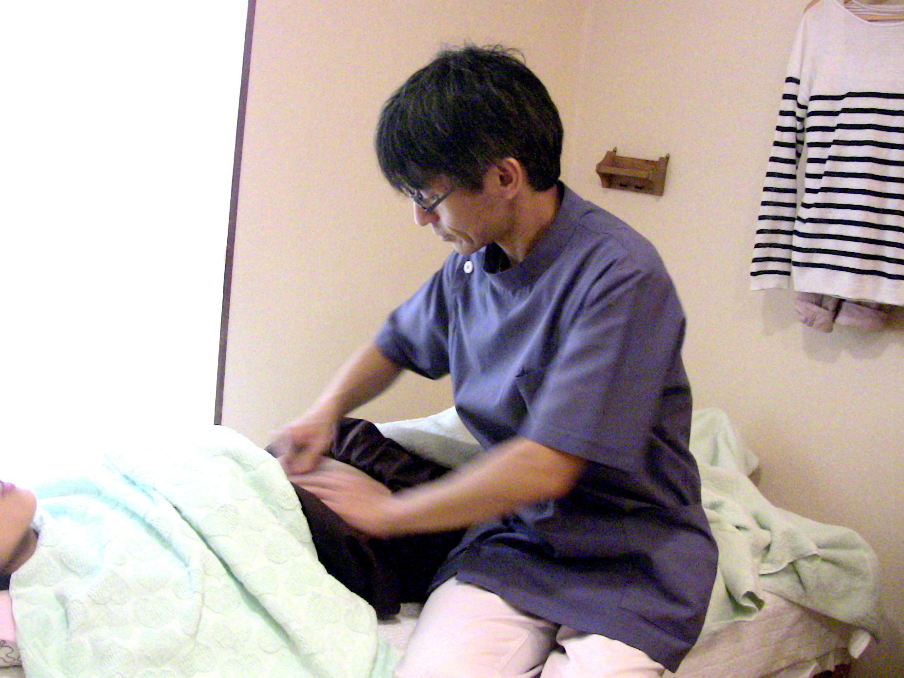 腹部への不妊鍼灸
