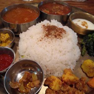 大阪北浜のネパール料理マナカマナのランチ